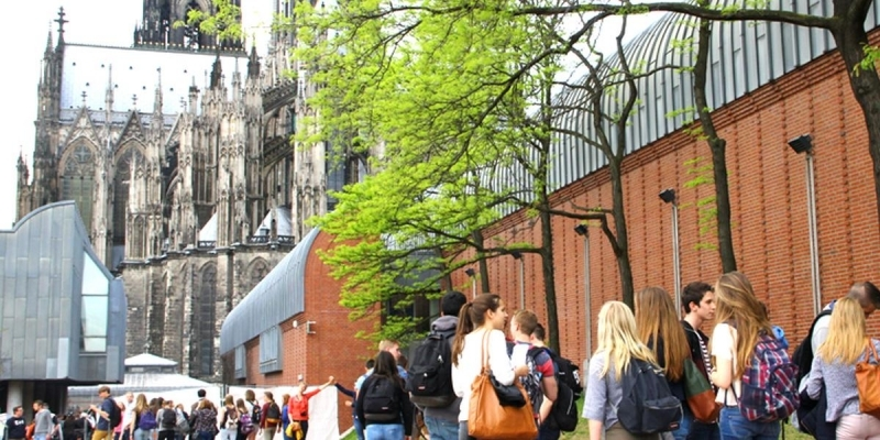 Fake or Fact - The Quiz tour through Cologne - Group booking
